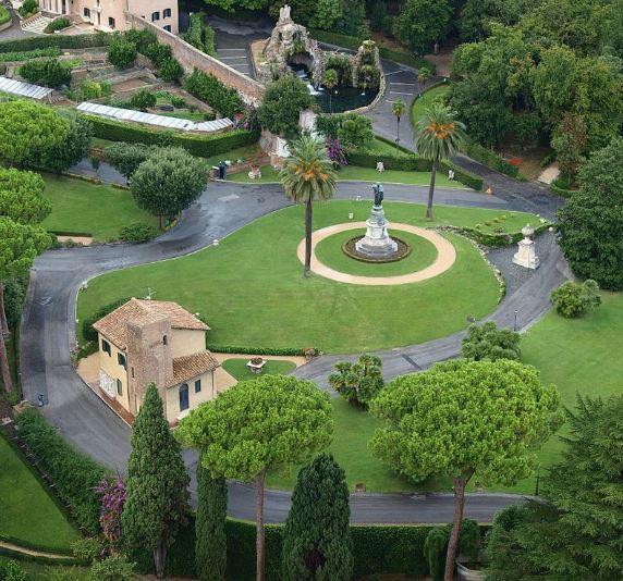 Папские сады в Ватикане